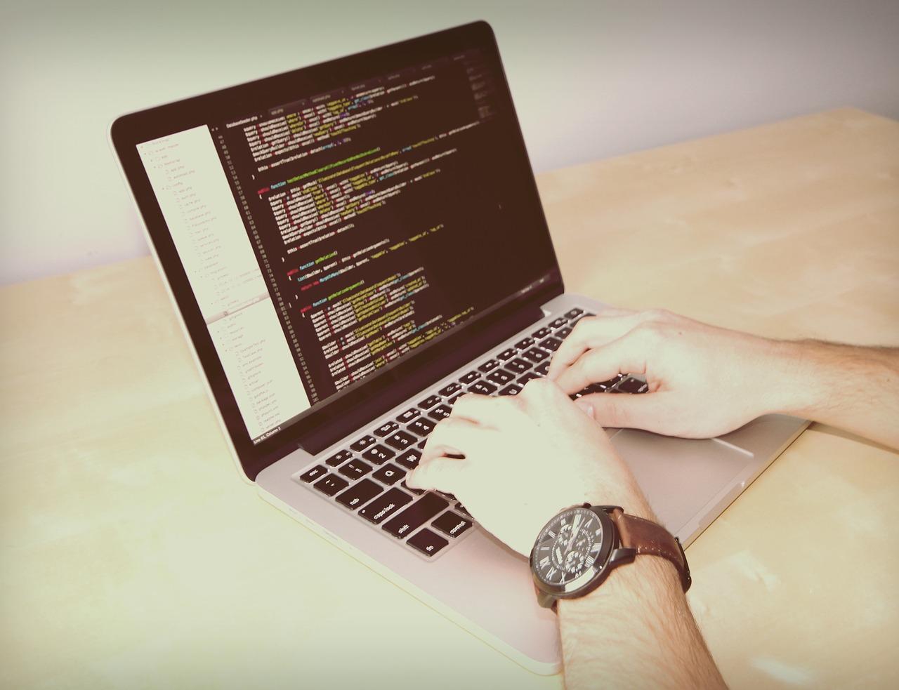 laptop-926775_1280